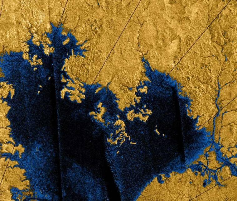 Titan-lakes-full-res_900